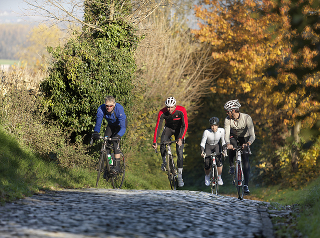 Cycling cobbles